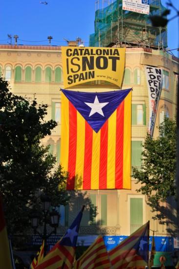 2010-08-18-10j-catalonia-is-not-spain-366x550