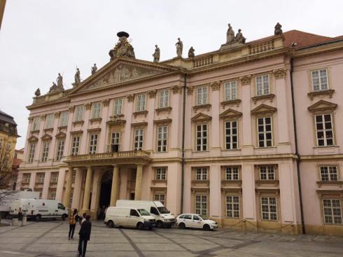 primates-palace