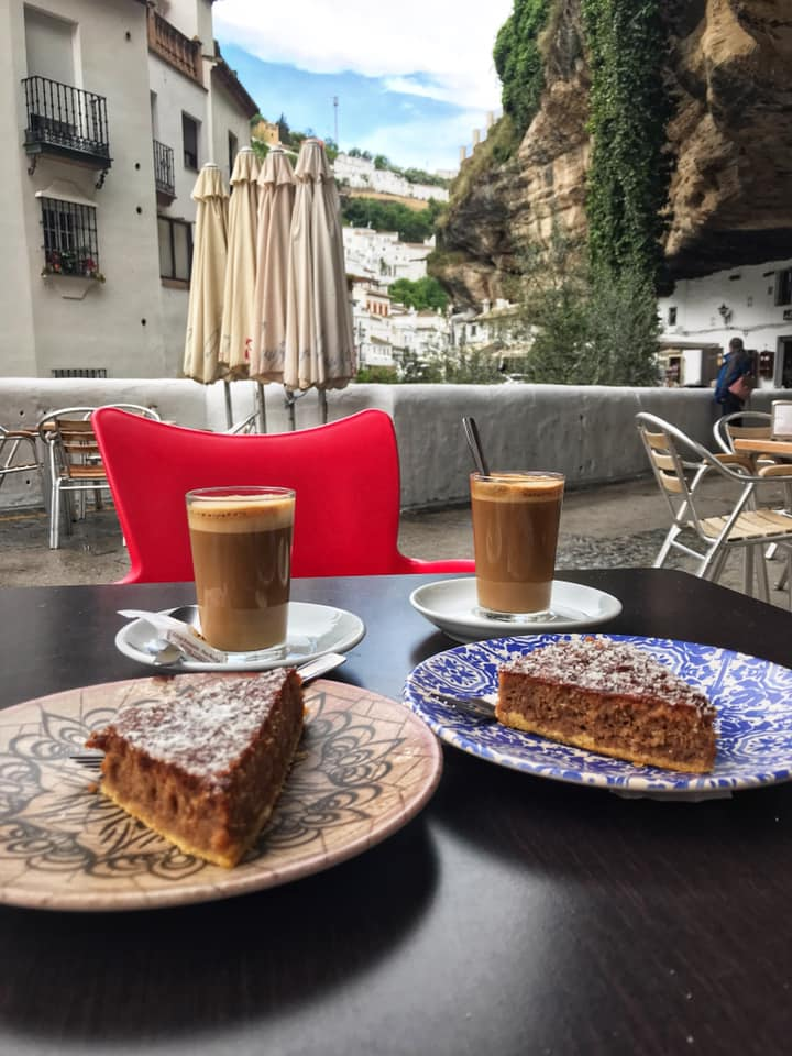 Coffee and cake in Setenil de las Bodegas - white villages Andalusia